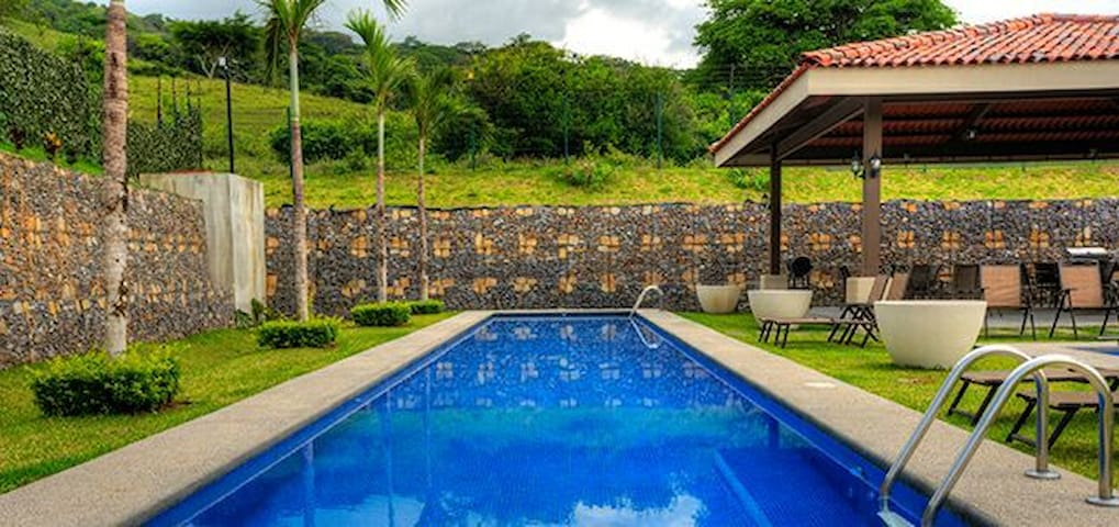 Luxury Corporate Penthouse with Pool, Rancho & BBQ - Río Oro