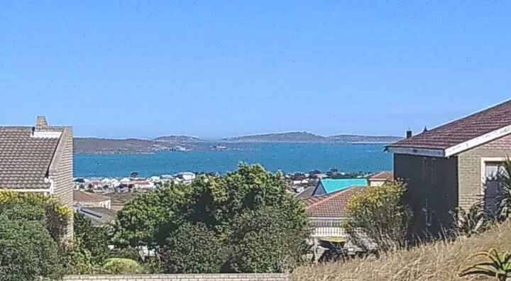 Sunbird 3 - Self catering, private, lagoon view