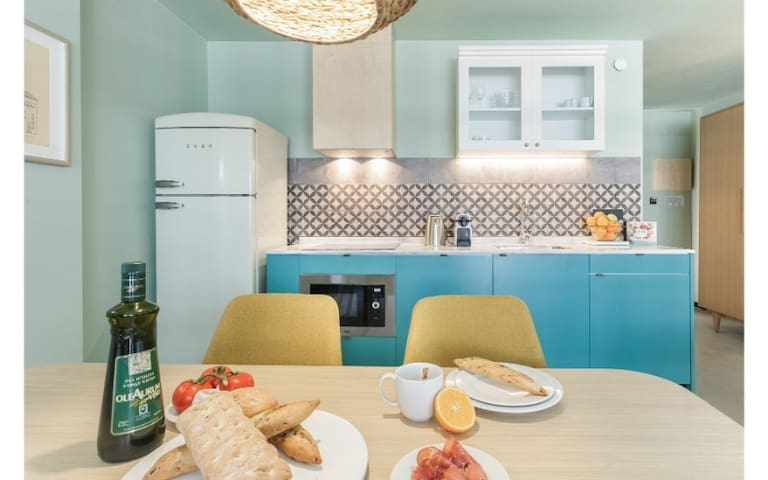 Mediterranean-feel vibrant studio available at Yays Sagrera for a minimum of 32+ nights!