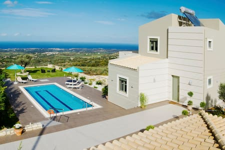 Villa Horizon, Privacy, Scenic Views & Exterior - Ρέθυμνο - Villa