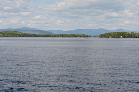Lakeside Cabin/Scenic Mountain View - Gilford - Chatka