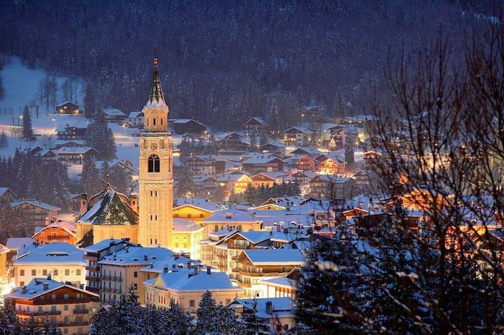 Splendido Appartamento nella Perla delle Dolomiti - Cortina d'Ampezzo - Daire