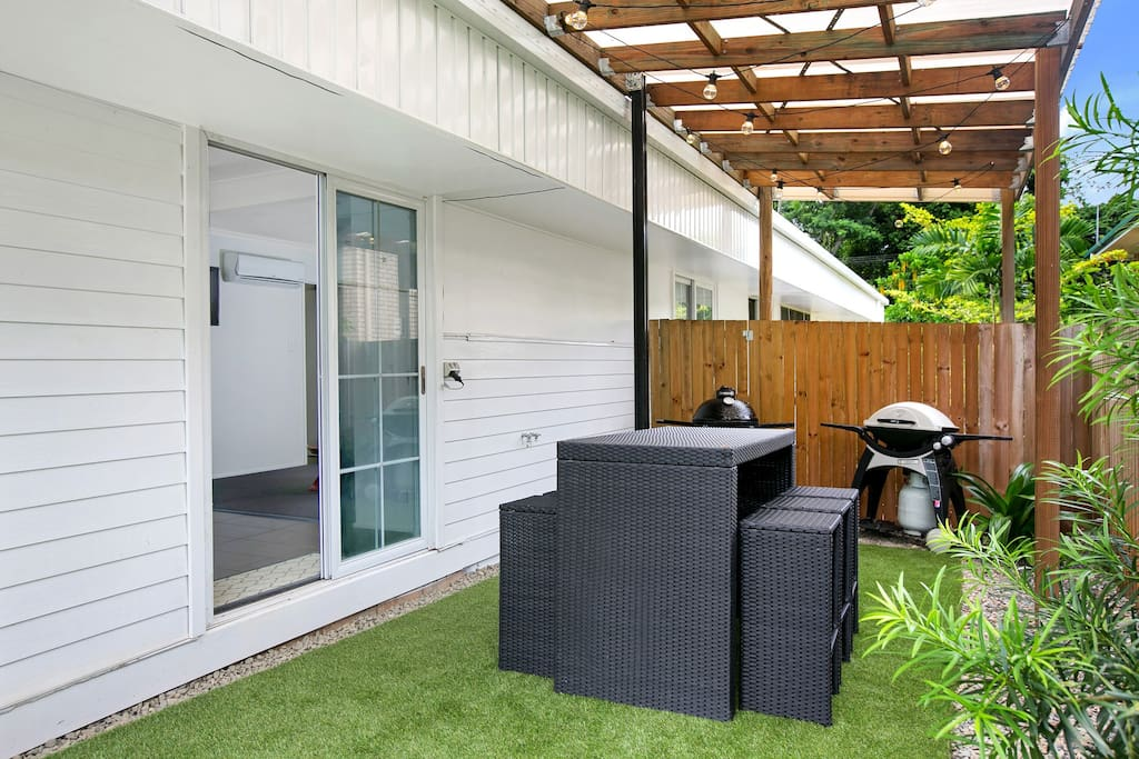 Your own private undercover outdoor area, this includes a webber and washing machine.