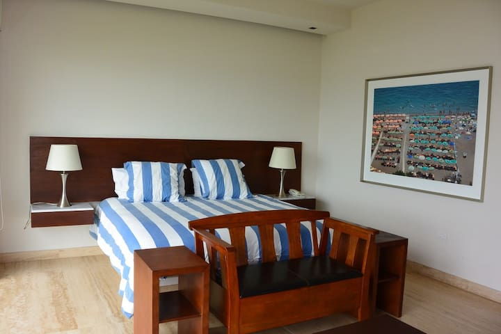 Suite KS - Bedroom 1