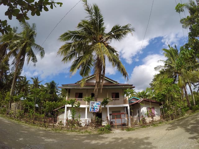 Moonlight Homestay - General Luna, Caraga, PH - Rumah