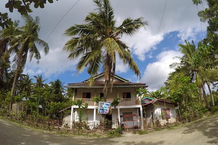 Moonlight Homestay - General Luna, Caraga, PH - Haus