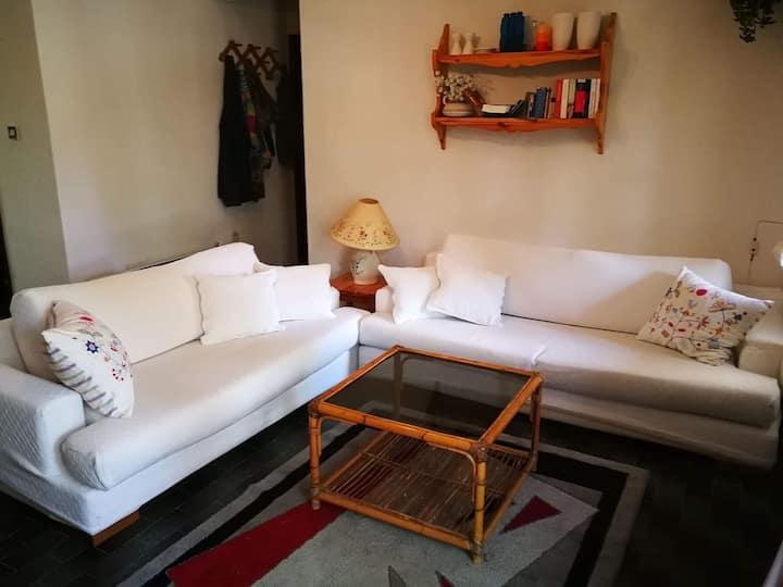 Vivian's apartment