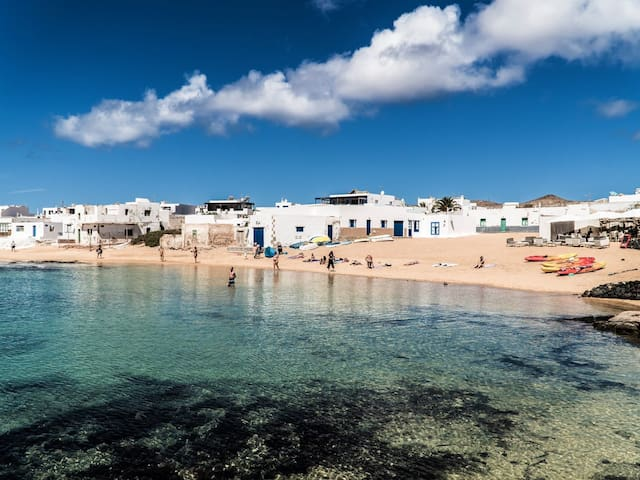 El Ancla, your spot in La Graciosa