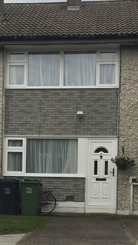 Private Room in Tallaght, Dublin - Tallaght - House