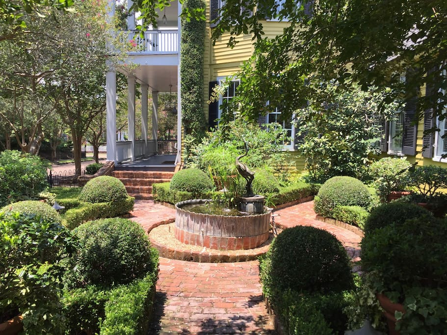 """One of the most beautiful gardens in Natchez..."". Traditional Home Magazine"