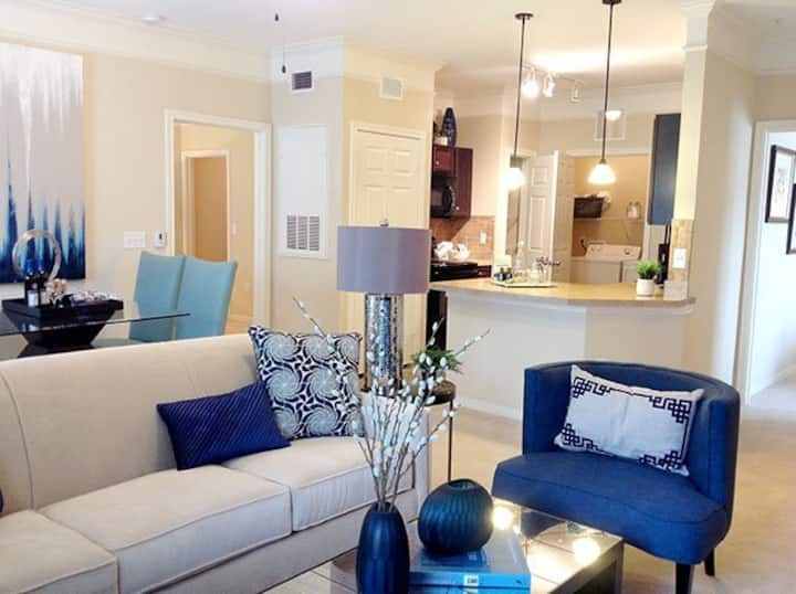 Relax in your own apartment home | 3BR in Spring
