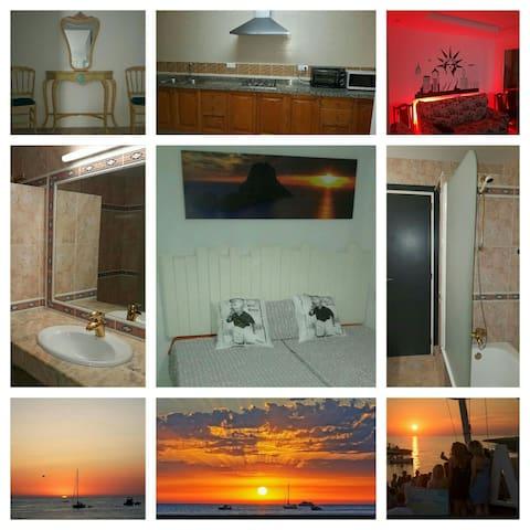 NICE PRIVATE ROOM DOUBLE / SAN ANTONI / IBIZA - Sant Antoni de Portmany - Ház