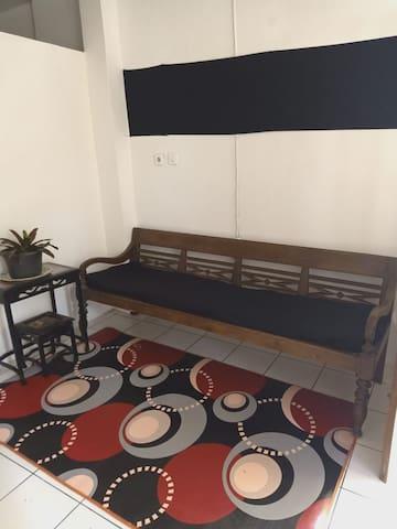 Sweet home. Cheap, Familiar, Clean & cute house