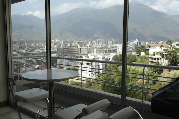 Luxury Apartment for rent in Caracas with security - Caracas - Apartamento
