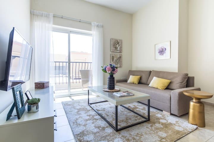 Signature Living in Modern 1BR Apartment at JVT!