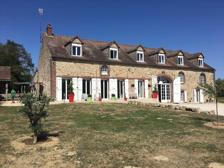 Maison familiale individuelle à: Yonne