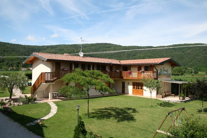 Agriturismo Ai Casali - Matrimoniale con balcone - Cividale del Friuli - Bed & Breakfast