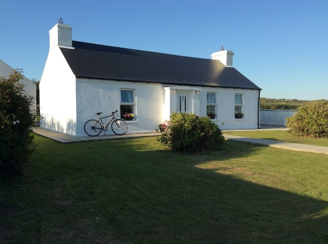 Ballyboe Cottage