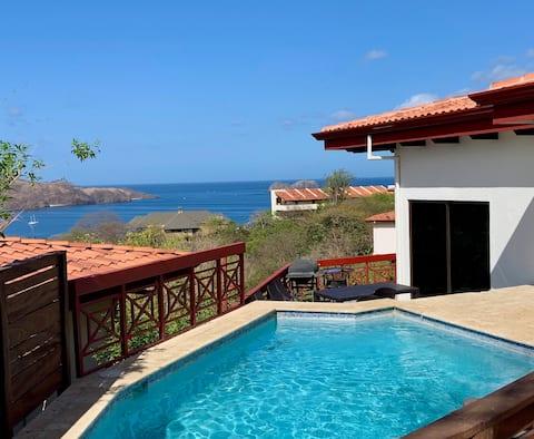 Villa Pacifique- Ocean View- All suite Villa Wifi