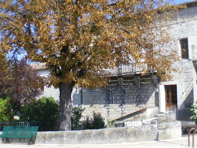 Cornemuse - Issigeac - Townhouse