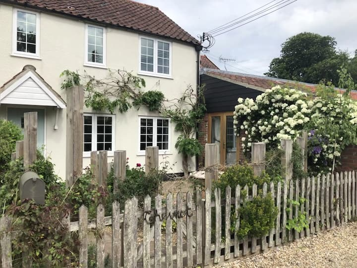 Peaceful cottage in the heart of Norfolk