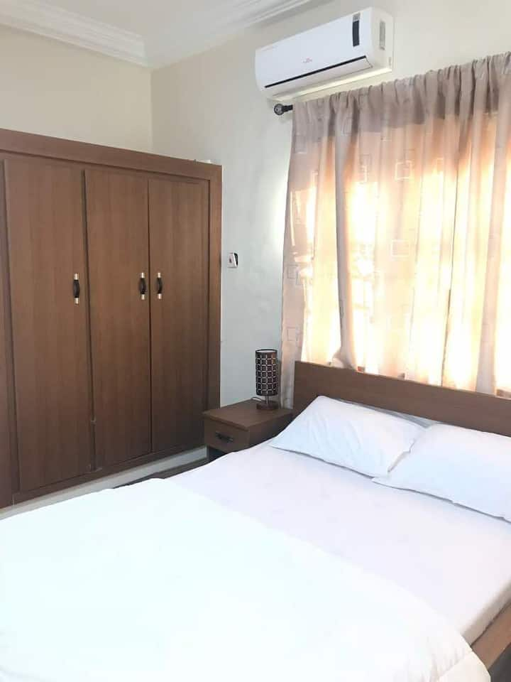 Short Stay Apartment for Rent