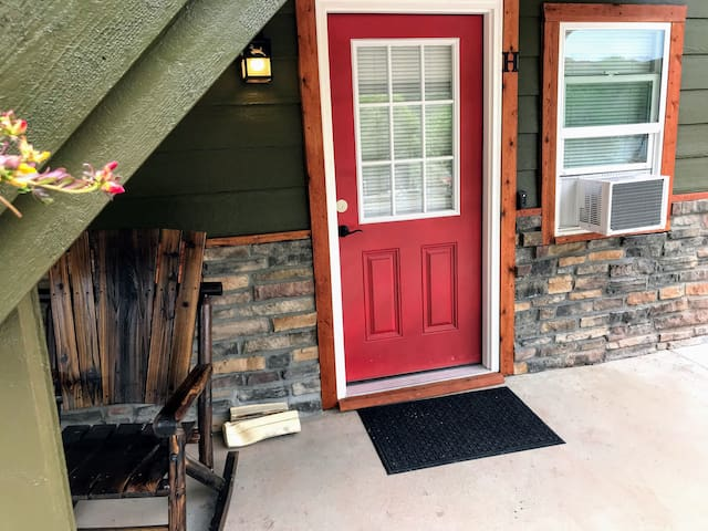 Horsetooth Lakeside Suites # H