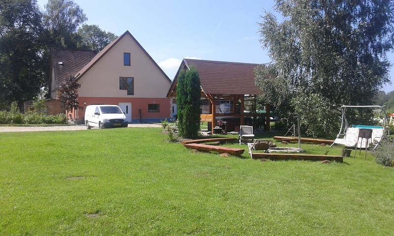 Guest house 35 km from Riga - Augšciems - Guesthouse