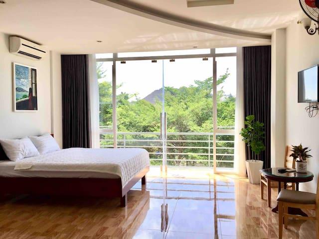 🔆 Spacious room 🔆city & lake view, near Back beach
