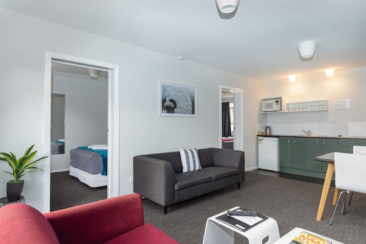 Family Two Bedroom at Arrowtown Motel Apartments