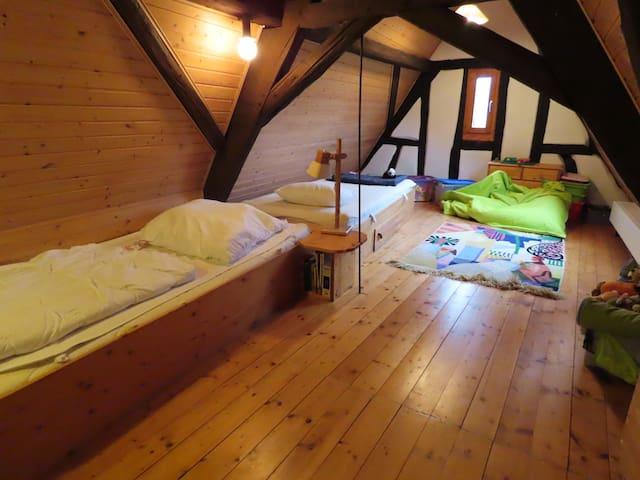 Twin-Schlafzimmer im Obergeschoss