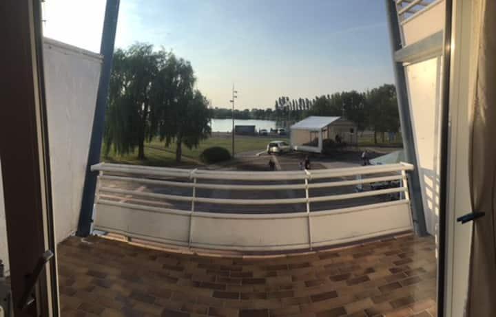 Dienville appartement avec vue sur le lac Amance