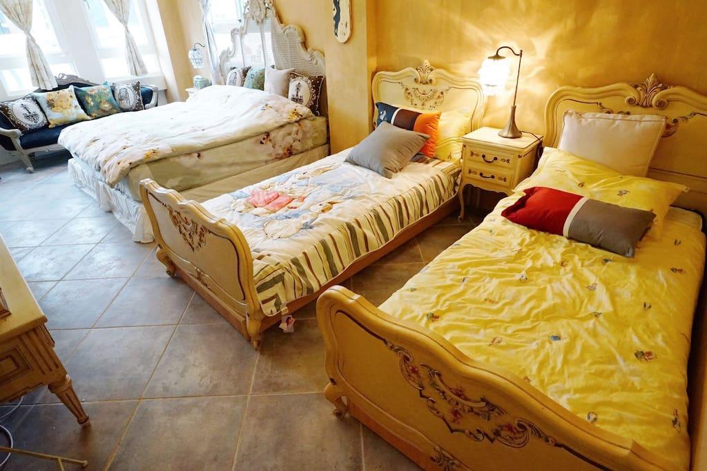 1大床2單人床,喜歡自己睡喜歡ㄧ起睡都可以❤️