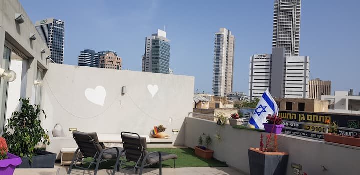 Great private and cool room in Tel Aviv!