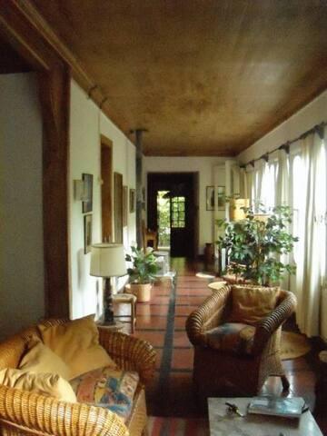 CASA DE CAMPO // REFUGIO DE MONTAÑA - Los Andes - Dom
