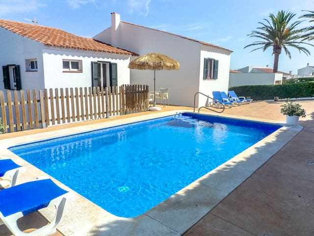 Catalunya Casas: Villa Fera for 9 guests, with water views, 4km to Menorca beaches!