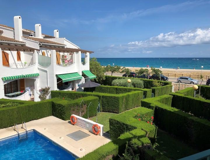 Casa Heiva, maison avec jardin, face à la mer