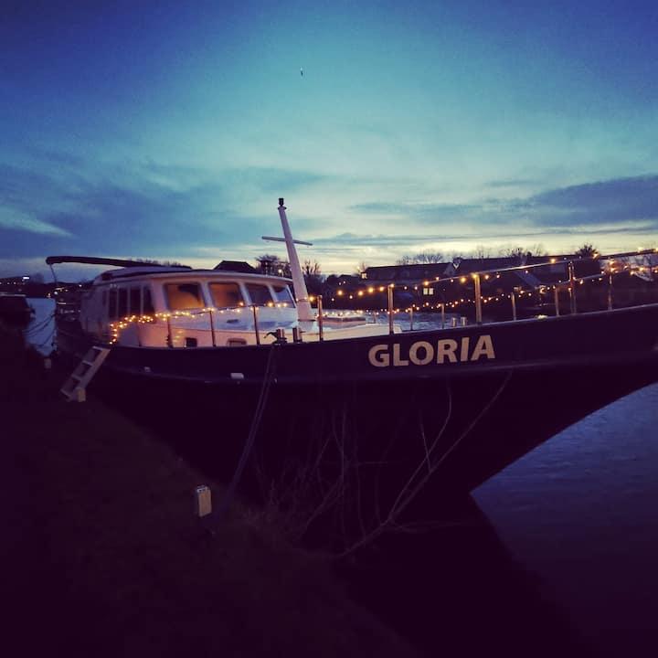Boathouse de GLORIA, 2 - 4 Pers. (contactloos)