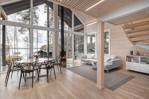 Modern Glass Cabin with Hot Tub and Sauna