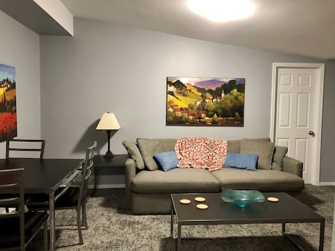 1 BR Apartment at Rear of Home, Private Entrance