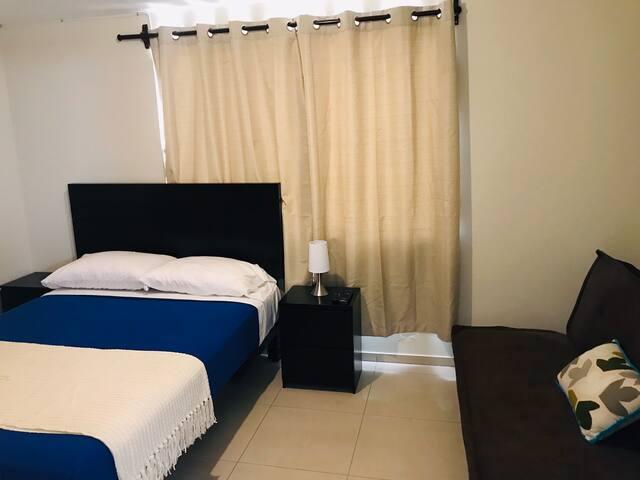 Lima Mini Aparts #09  Habitación con baño privado