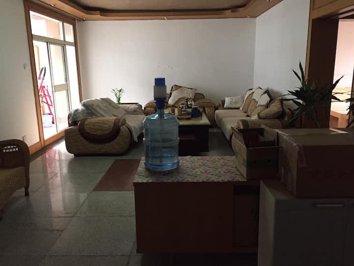 房东直管民宿。