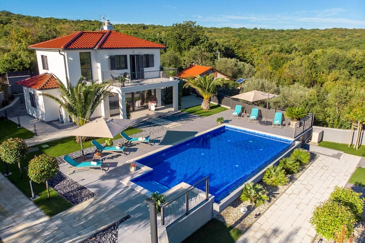 Casa Bella Vista With Pool & Panorama Seaview