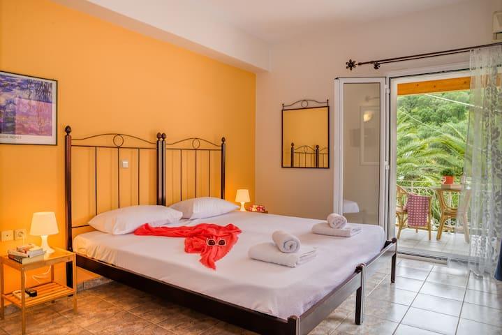 Rose Studio, Moraitika, Corfu - Moraitika - Apartamento