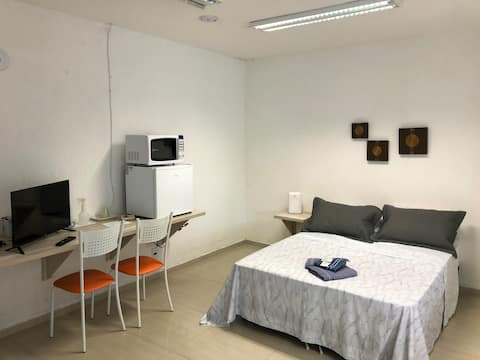 ⭐ Loft moderno no centro, tv c/ Netflix e YouTube