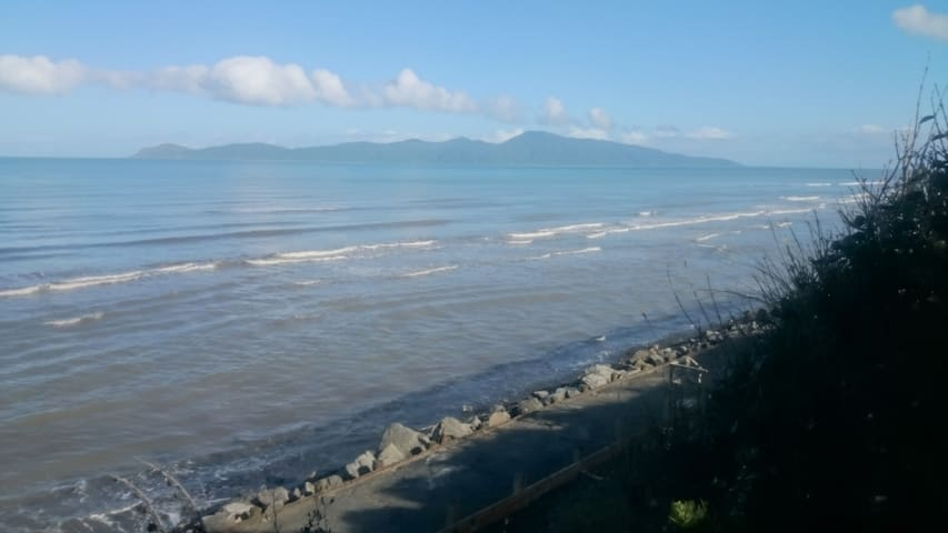 Comfort, light and cosiness next to the sea - Paraparaumu - Bed & Breakfast