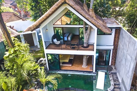 Magical Treehouse *Totally Unique* Live the Dream! - Ubud