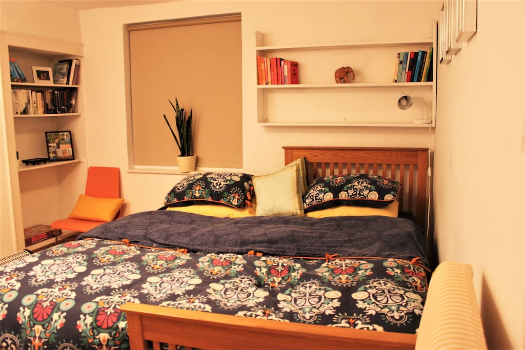 Single beds can be joined together to make a double bed for couples