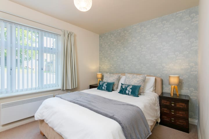 Quiet flat in Harborne by the Hospitals & Uni