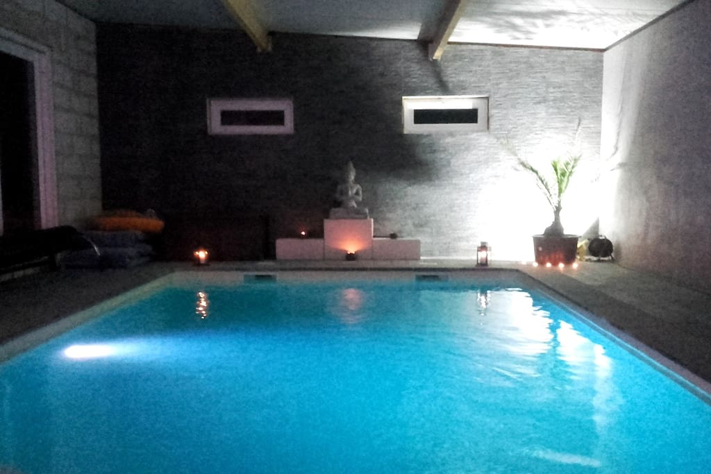 Chambre d h tes avec piscine int rieure guesthouses for rent in somme leuze wallonie belgium - Chambre d hote piscine interieure ...